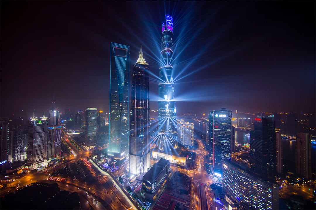 Progetto illuminotecnico del Shanghai Center Building